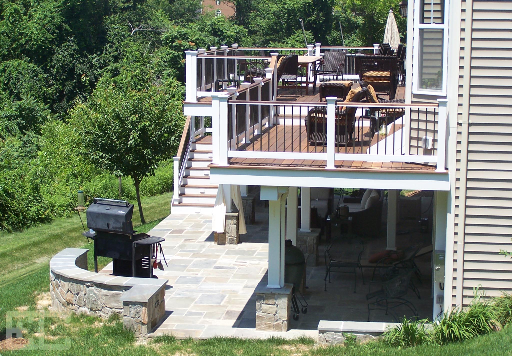 Multi Level Upper Deck and Patio