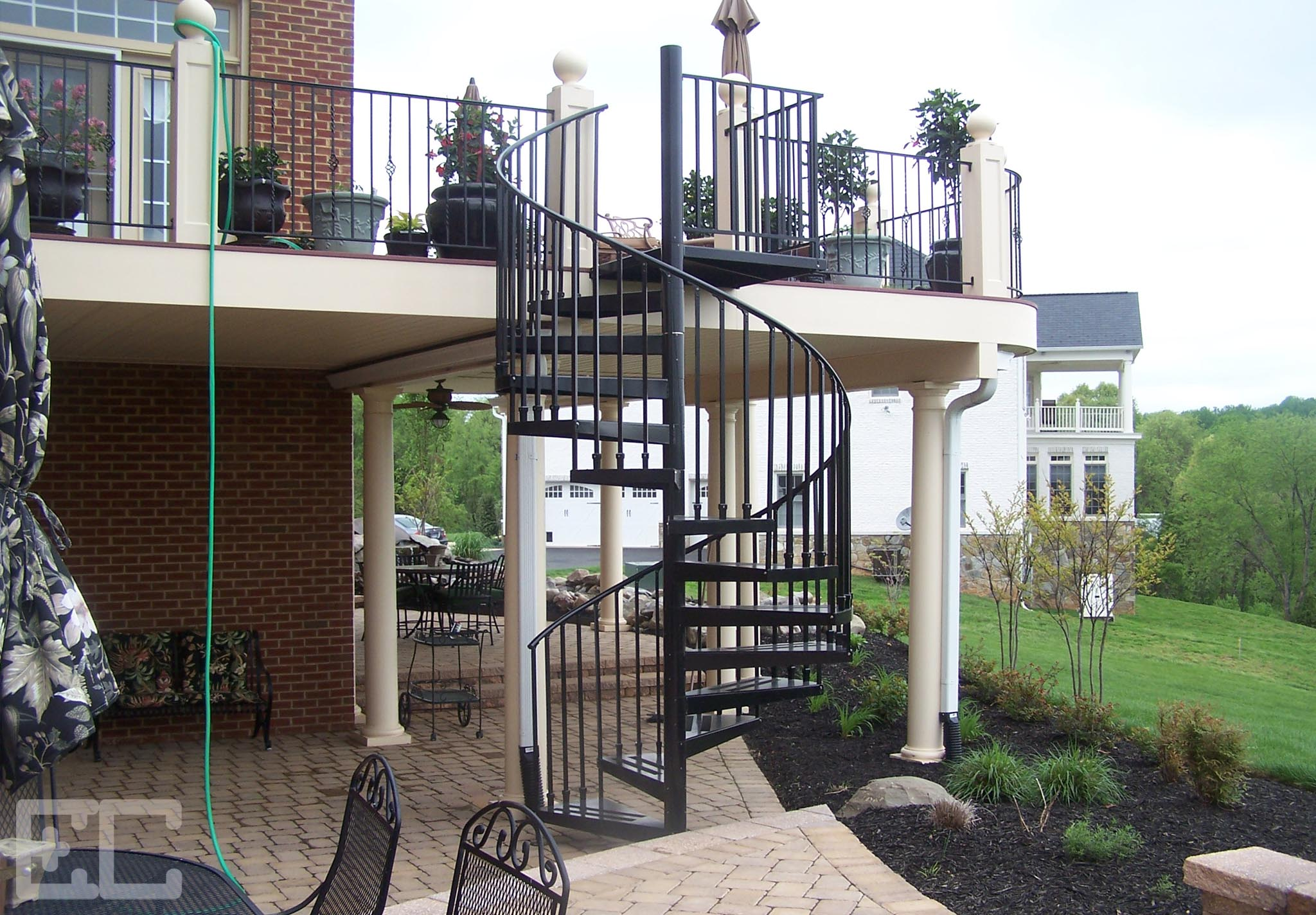 Upper Deck With Spiral Stairs